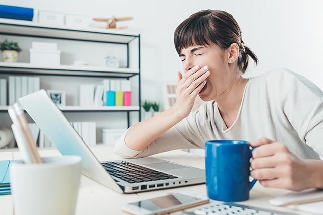 【副業】仕事の後だと眠くてブログが書けない!眠気対策オススメ5選【お役立ち】