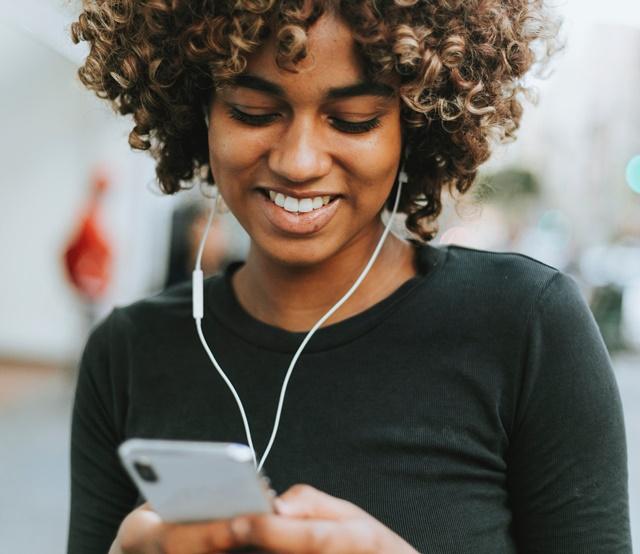 【神アプリ】OPlayer Liteの使い方!スマホ保存の音源がオフラインで聴けてめちゃ便利!