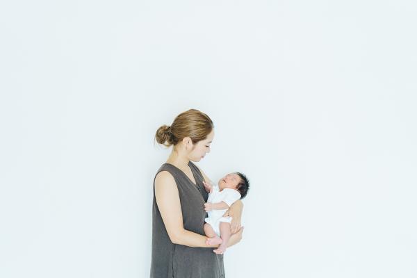 シングルマザーが子供を育て貯金をするなら、国家資格を取ることをおすすめします。国の支援制度もありますよ